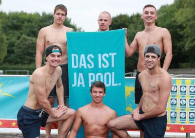 Splashdiving-Nationalmannschaft-Das-ist-ja-Pool-Handtuch-1